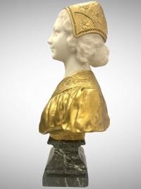 Buste de jeune femme par Affortunato Gory (1895-1925)