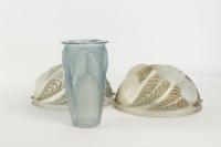 "René lalique Vase Opalescent ""Ceylan"""