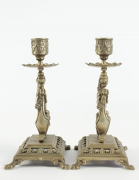 Pair of candlesticks from the 19th Century in bronze