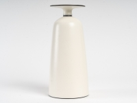vase en porcelaine par Marc Uzan - exposition en cours