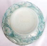 """Vase """"Monnaie du Pape"""" verre opalescent double couche patiné bleu de René LALIQUE"""