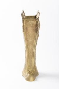 Vase signé  DE  A FERY EN BRONZE DORÉ