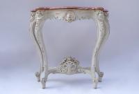 Petite console laquée de style Louis XV, circa 1900