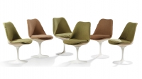 EERO SAARINEN (1910-1961) & KNOLL INTERNATIONAL Suite de six chaises modèle Tulipe