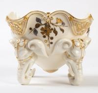 1 Ensemble : Centre de table aux Éléphants Royal Worcester, XIXème