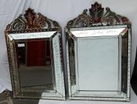 1950' Paire de Miroirs Vénitiens à Décor Floral et Fronton - 133 x 83 cm