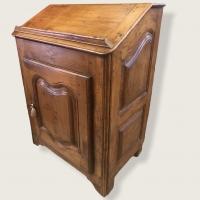 Petit Bureau de pente Scriban XVIIIème siècle en bois naturel ( noyer )