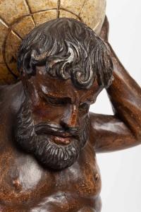 Sculpture en bois sculpté du 18e siècle