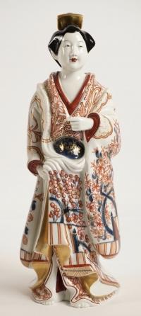 Bijin (beautés) en porcelaine et émaux imari