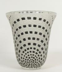 "RENE LALIQUE (1860-1945) vase ""Damiers"" 1935"