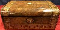Ecritoire décor à la Grecque début 20è marqueterie de bois précieux