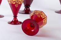 Service en verre de Venise rouge et or 1900