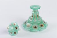 Flacon de parfum en opaline émaillée 19e siècle