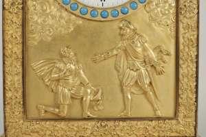 Pendule d'époque Restauration (1815 - 1830) ornée d'un buste d'Henri IV.