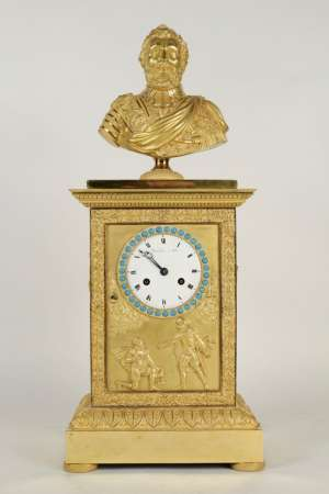 A Restauration period (1815 - 1830) clock with a bust of the king Henri IV.