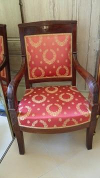 Suite de 4 fauteuils à l'Égyptienne d'époque Empire. Réf: Charles 08.