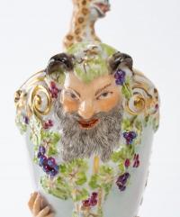 Nautile en porcelaine, XIXème.