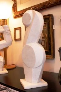 Sculpture contemporaine en marbre par Savy