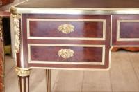 Bureau de style Louis XVI estampillé Durand