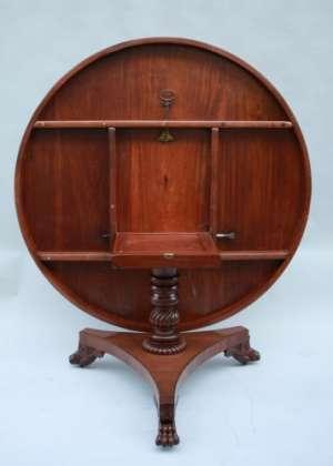 Grand guéridon/ table d'époque Regency