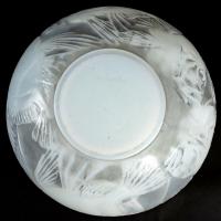 """Vase """"Poissons"""" verre opalescent double couche patiné gris de René LALIQUE"""