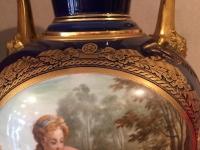 Vase à décor de Sèvres. Réf: 322