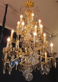 Grand Lustre De Style Louis XV.