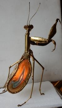 1970' Lampe Mante Religieuse En Laiton Avec Agates Eclairante Signée Isabelle Faure